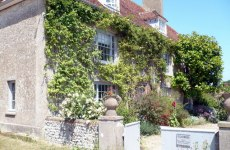 Charleston,_East_Sussex_-_geograph.org.uk_-_1382261