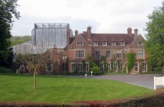 Glyndebourne_Opera_house._geograph-1834990-by-Oast-House-Archive